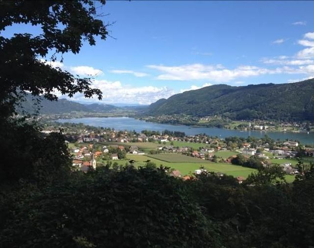 Ossiacher See - Blick auf Ossiach + Alt-Ossiach