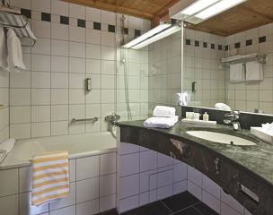 Hotel suite, shower or bath, toilet, balcony